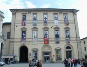 L 39 arte mobile a citt di castello stendardi e foto - Mobili citta di castello ...